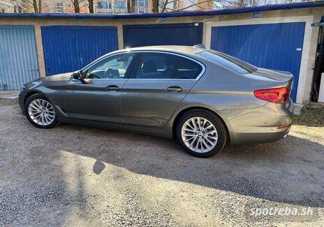 BMW  520d A/T