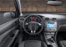 FORD Focus  2.0 16V Duratec Ghia A/T - 107.00kW