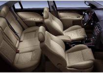 FORD Mondeo  kombi 2.5 V6 Ghia A/T