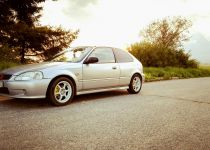 HONDA  Civic 1.5i VTEC LS ABS
