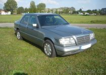 MERCEDES-BENZ  250 D turbo