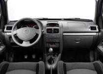 RENAULT Clio 1.2 Dynamique Storia - 55.00kW [2009]