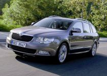ŠKODA  Superb Combi 2.0 TDI CR 140k Ambition DSG