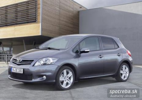 TOYOTA Auris  1.6 I Valvematic MM Sol - 97.00kW