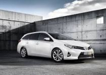 TOYOTA  Auris Touring 1.6 l Valvematic Power