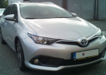 TOYOTA  Auris Touring HybridSD Style