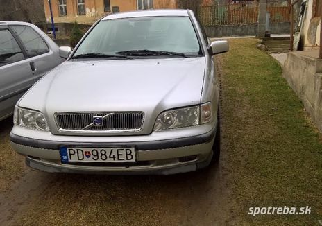 VOLVO S40 1.9 TD - 70.00kW [1999]